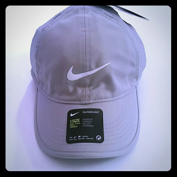 add300fd9e619 Nike Accessories | Womens Featherlight Baseball Hat | Poshmark